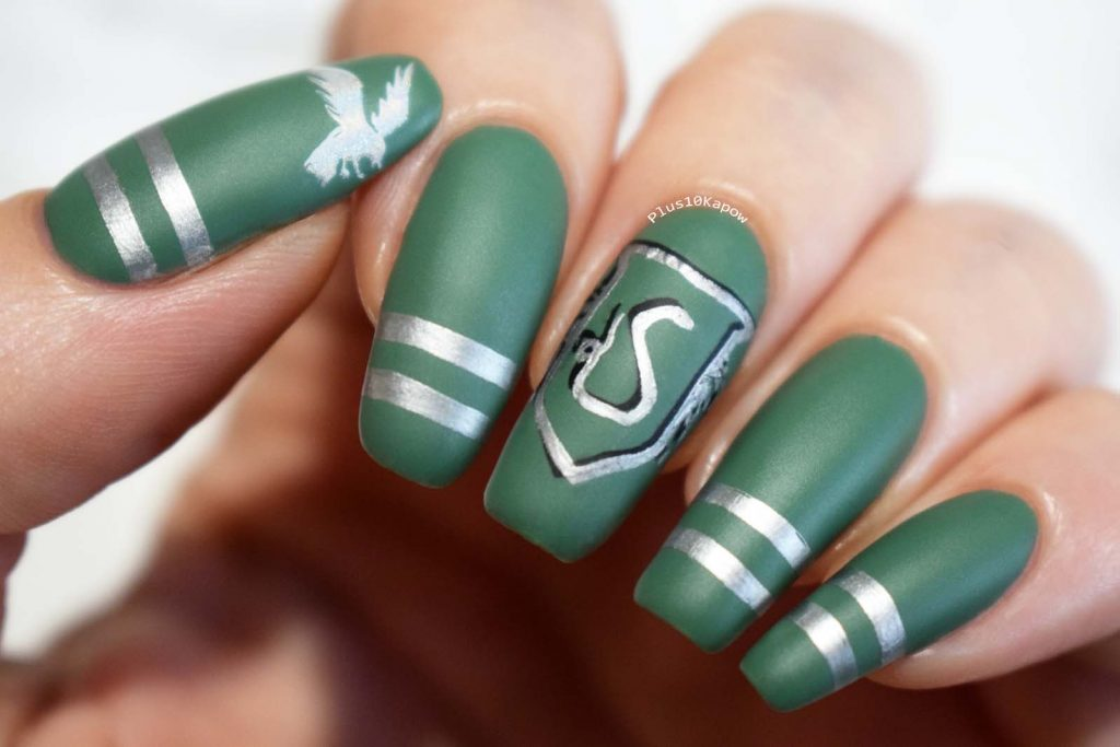Harry Potter Slytherin nerdy nails