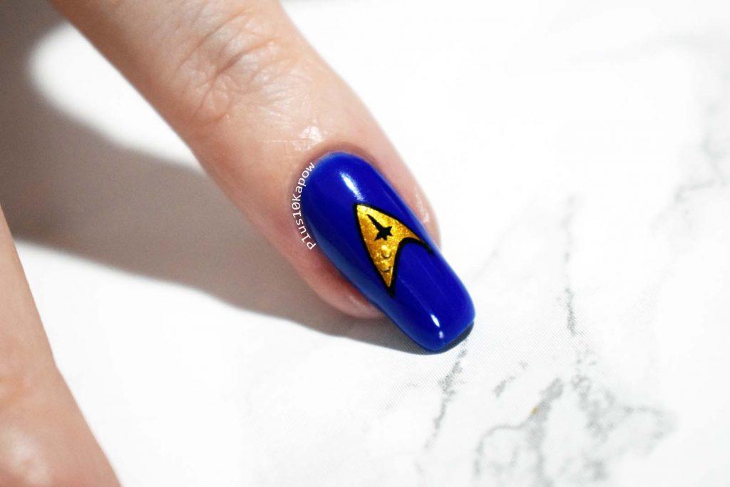 Star Trek Discovery nerdy nails