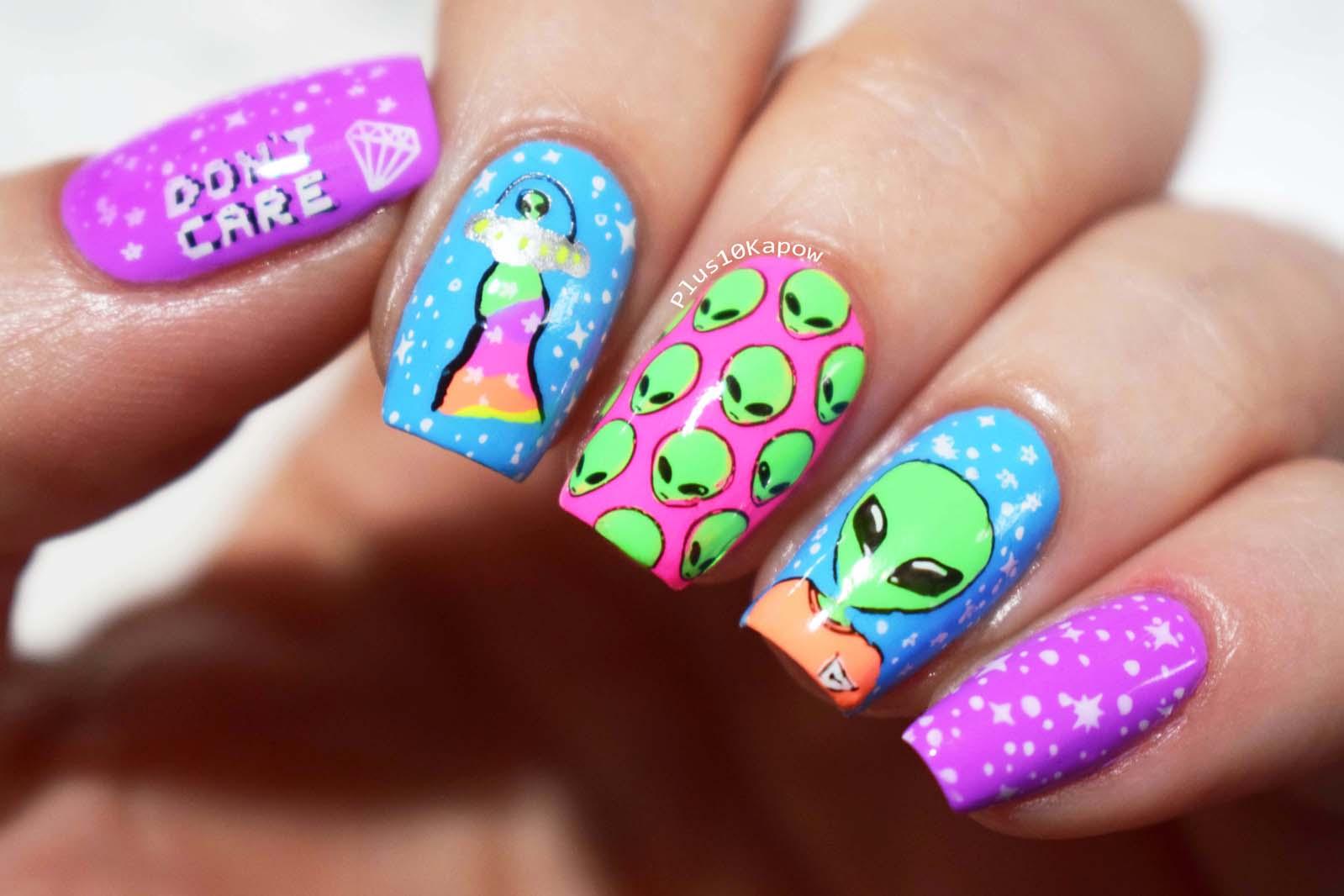 Take me to your Neons Alien nails Plus10Kapow