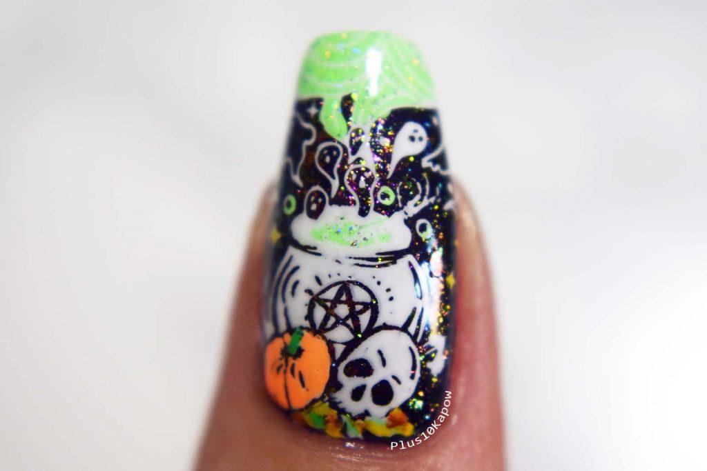 Maniology Mani X Me Hocus Pocus Express Kit Witchy Nail Art