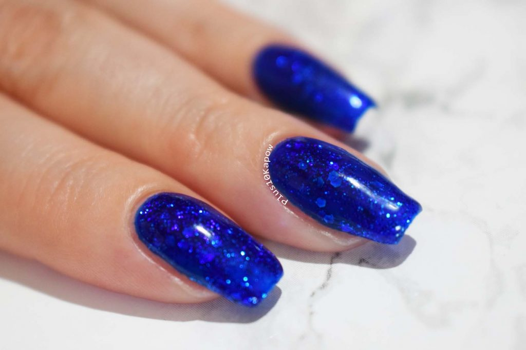 Kiki London Disco Blue Gel Polish Swatches
