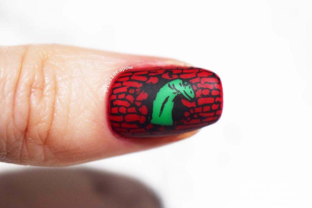 dinsoaur nail art stamping