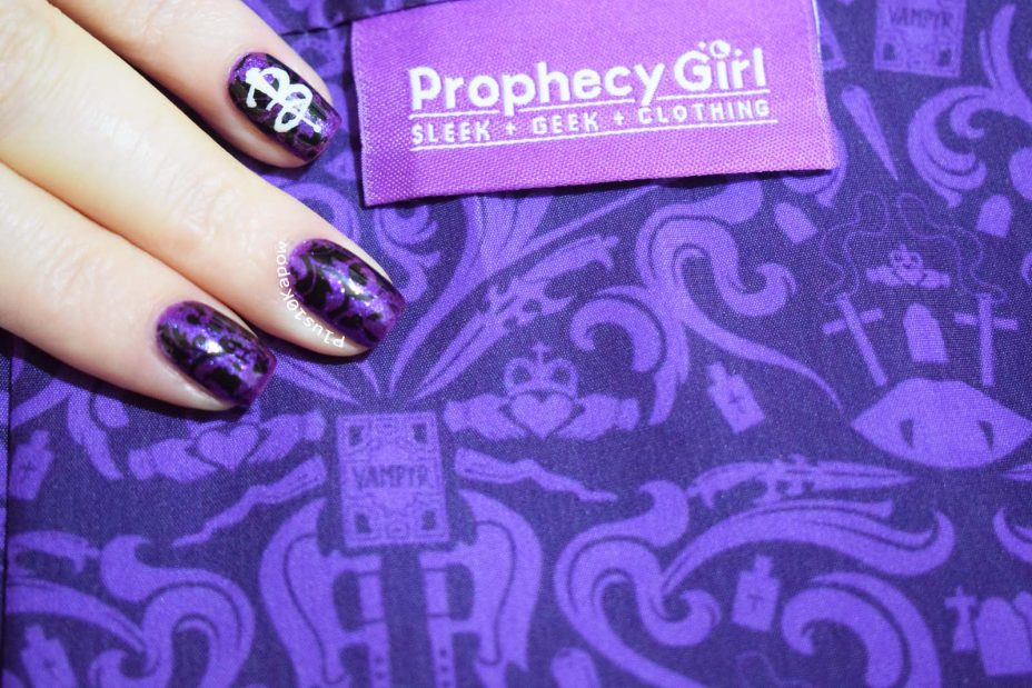 Buffy nails inspired by Prophecy Girl scarf