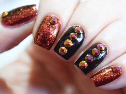 Charlies Nail Art Golden Rhinestones